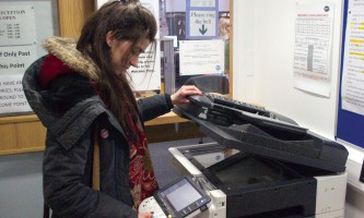 student_using_photocopiers