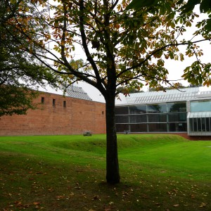 External view of the Burrell Collection by Edward X licensed under CC-BY-SA-3.0.